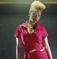Singer, Tiombe Lockhart