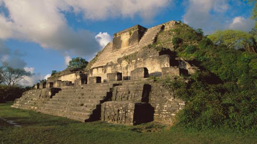 Severe droughts explain the mysterious fall of the Maya