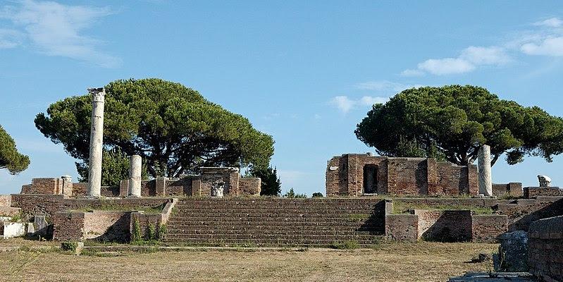 File:Tempio rotondo Ostia Antica 2006-09-08.jpg