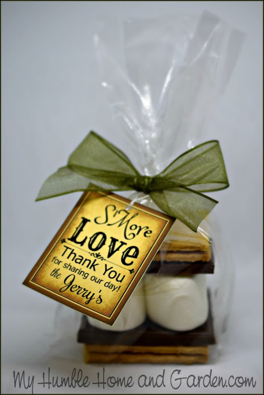 S'more Wedding Favors Your Guests Will Actually Want - My Humble Home and Garden
