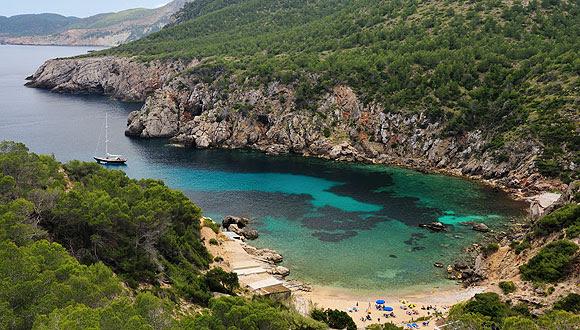 "perierga.gr - 15+1 εκπληκτικές... καλά ""κρυμμένες"" παραλίες!"