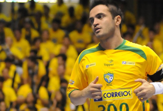 falcão futsal seleção  brasileira (Foto: AP)