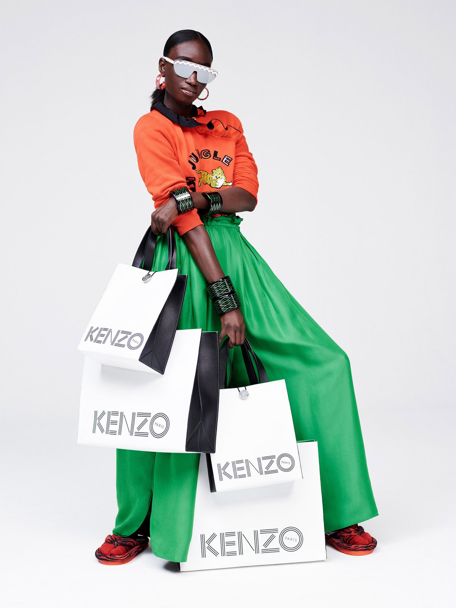 http://media.vogue.com/r/w_1600//wp-content/uploads/2016/10/07/01-kenzo-hm-lookbook.jpg