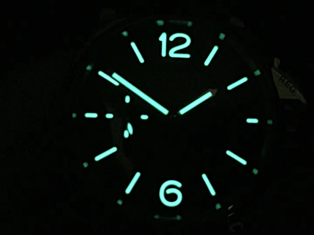 PAM 904 Dial Lume