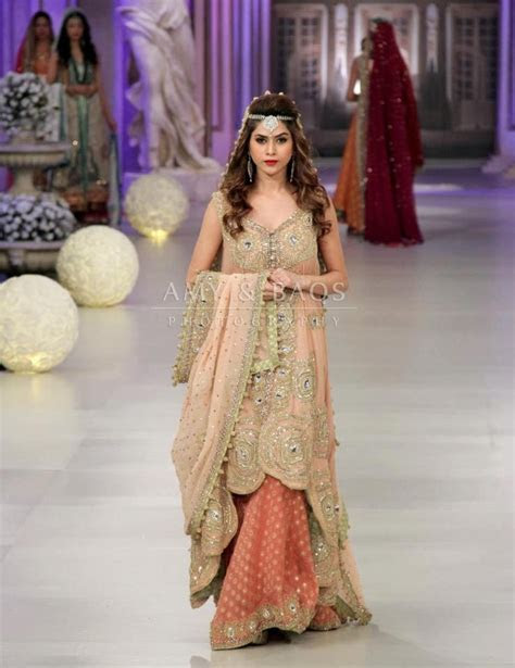 1000  images about Indian gowns on Pinterest   Couture