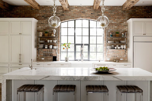 12 Luxury All White Kitchens with a Tasteful Attention to Detail