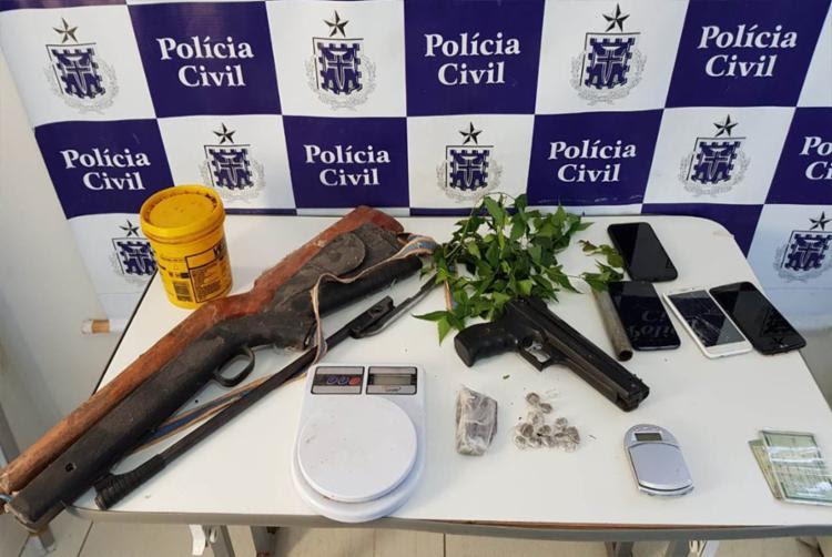 Material apreendido pela polícia na casa do suspeito - Foto: Divulgação | Polícia Civil