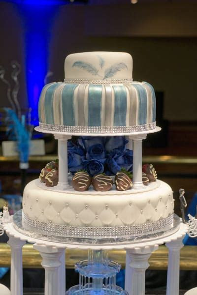 Blue & Silver Quince Cake with Fountain   U Name It