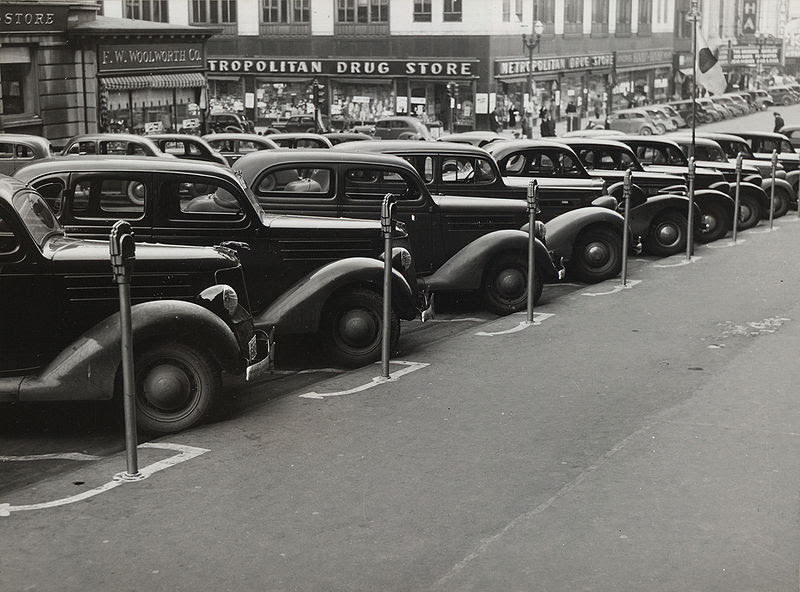 File:Cars parked diagonally, Omaha, Nebraska ppmsca.10438u.jpg