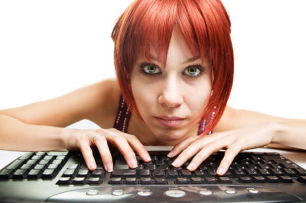 Cuidado com o vício na Internet (Foto: Reprodução: iStockphoto)