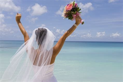 Weddings in New Caledonia   New Caledonia Wedding venue