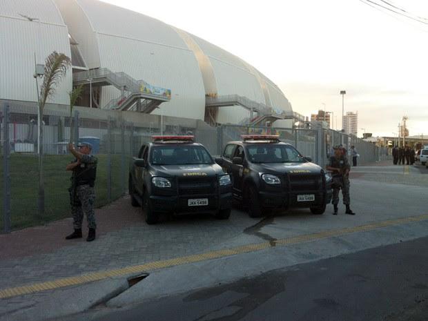 Força Nacional realiza reconhecimento das instalações da Arena das Dunas nesta quinta (Foto: Jocaff Souza/GloboEsporte.com)