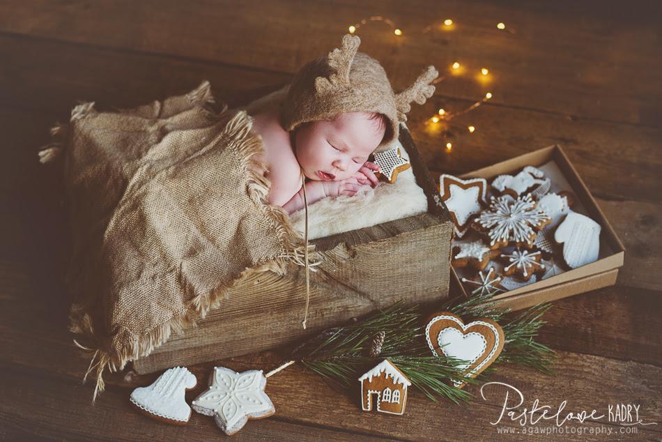 świąteczna sesja noworodka