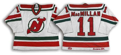 New Jersey Devils 1982-83 jersey photo New Jersey Devils 1982-83 home jersey.jpg