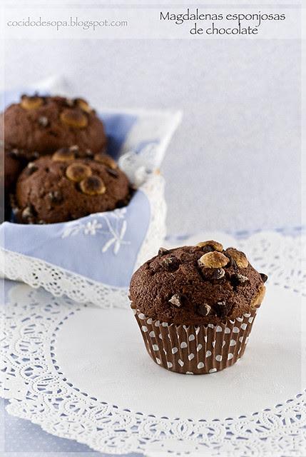 Magdalenas esponjosas de chocolate_0