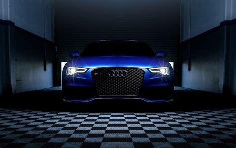 Blau Audi RS5 Scheinwerfer Hintergrundbilder Blau Audi RS5 Scheinwerfer frei fotos