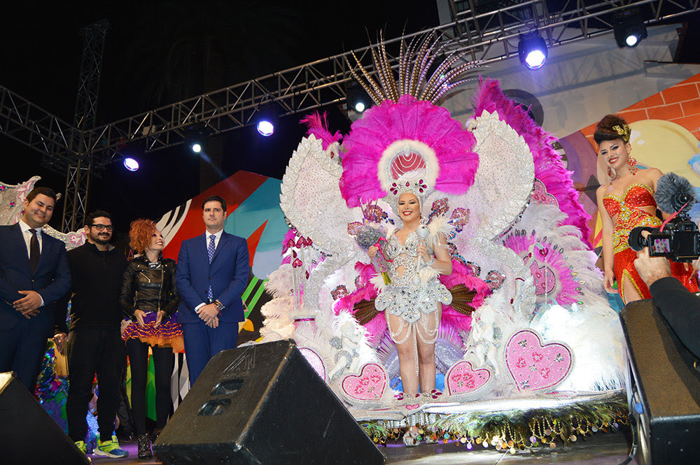 Laura Gorrín Pérez, nueva Reina Carnaval Los Gigantes 2016