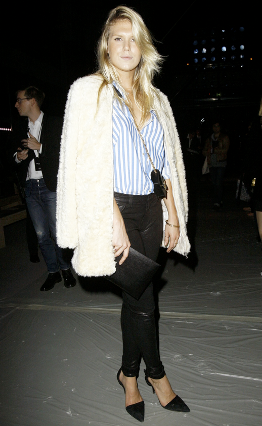 LE FASHION BLOG ALEXANDRA RICHARDS FRONT ROW SAINT LAURENT SS 2014 STRIPES 1 photo LEFASHIONBLOGALEXANDRARICHARDSFRONTROWSAINTLAURENTSS2014STRIPES1.png
