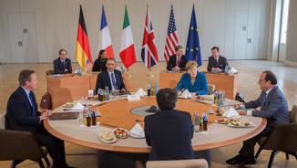 Barack Obama amb Angela Merkel, François Hollande, David Cameron i Matteo Renzi. (Reuters)