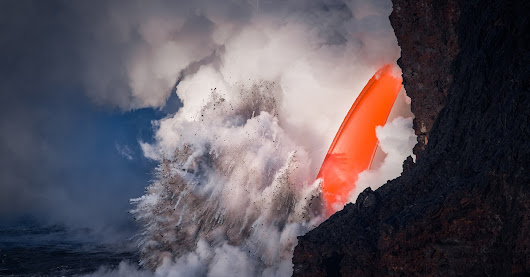 Magnificent Photos of Volcanoes Spewing Hot Lava Celebrate the Intense Beauty of Hawaii