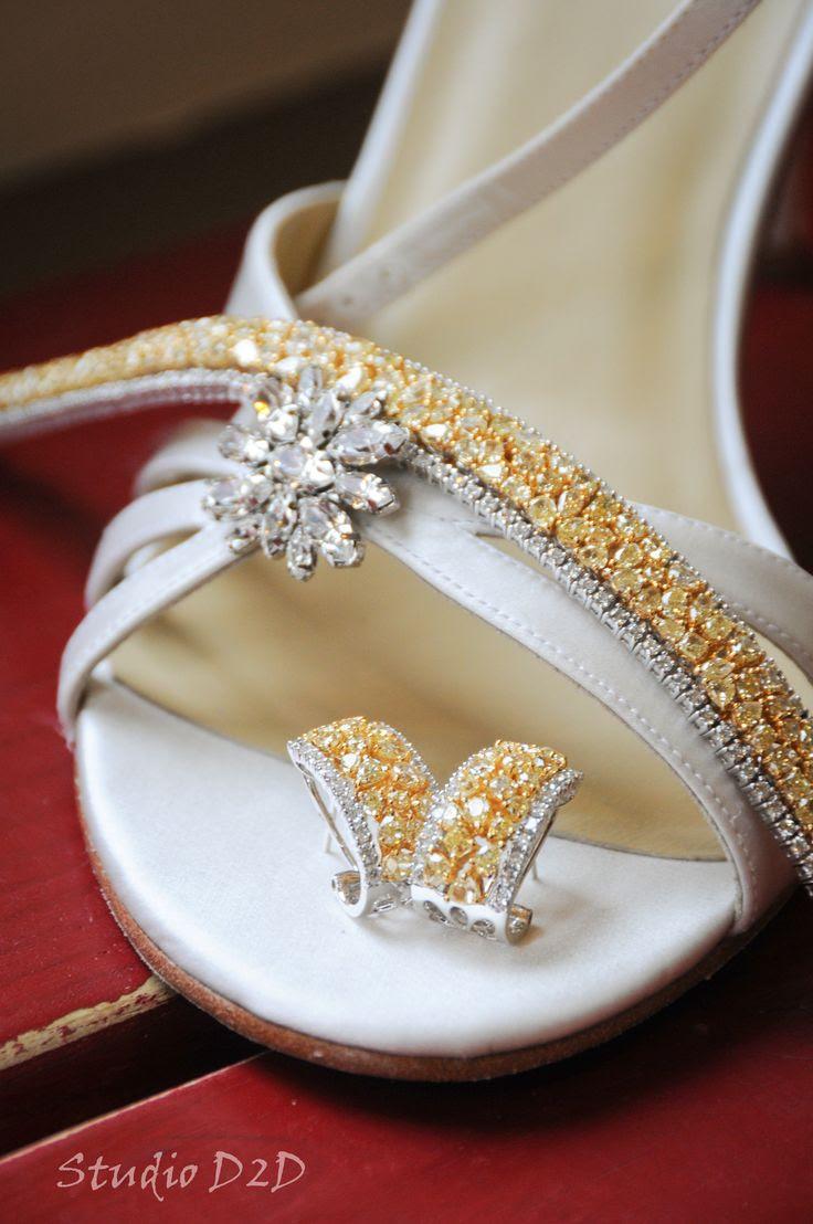 Wedding shoes & jewelry