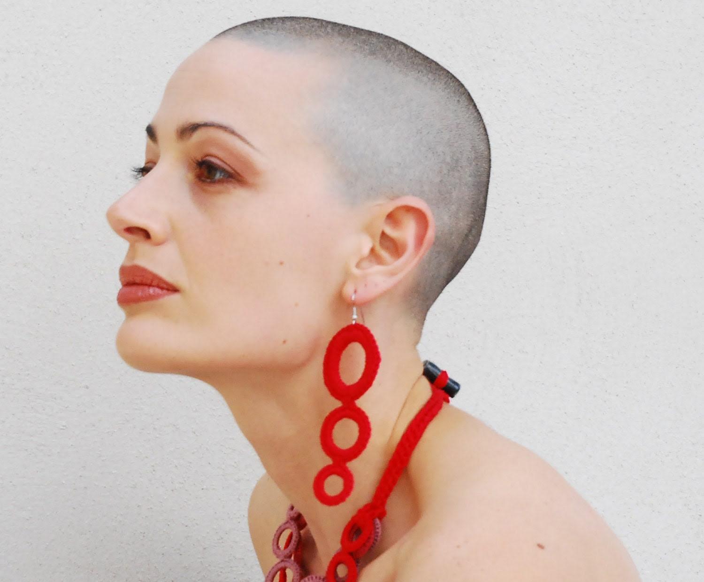 Red crochet big hoop earrings / Fiber jewelry / Italian fashion jewelry / Gift for her / Glam earrings - AliquidTextileJewels