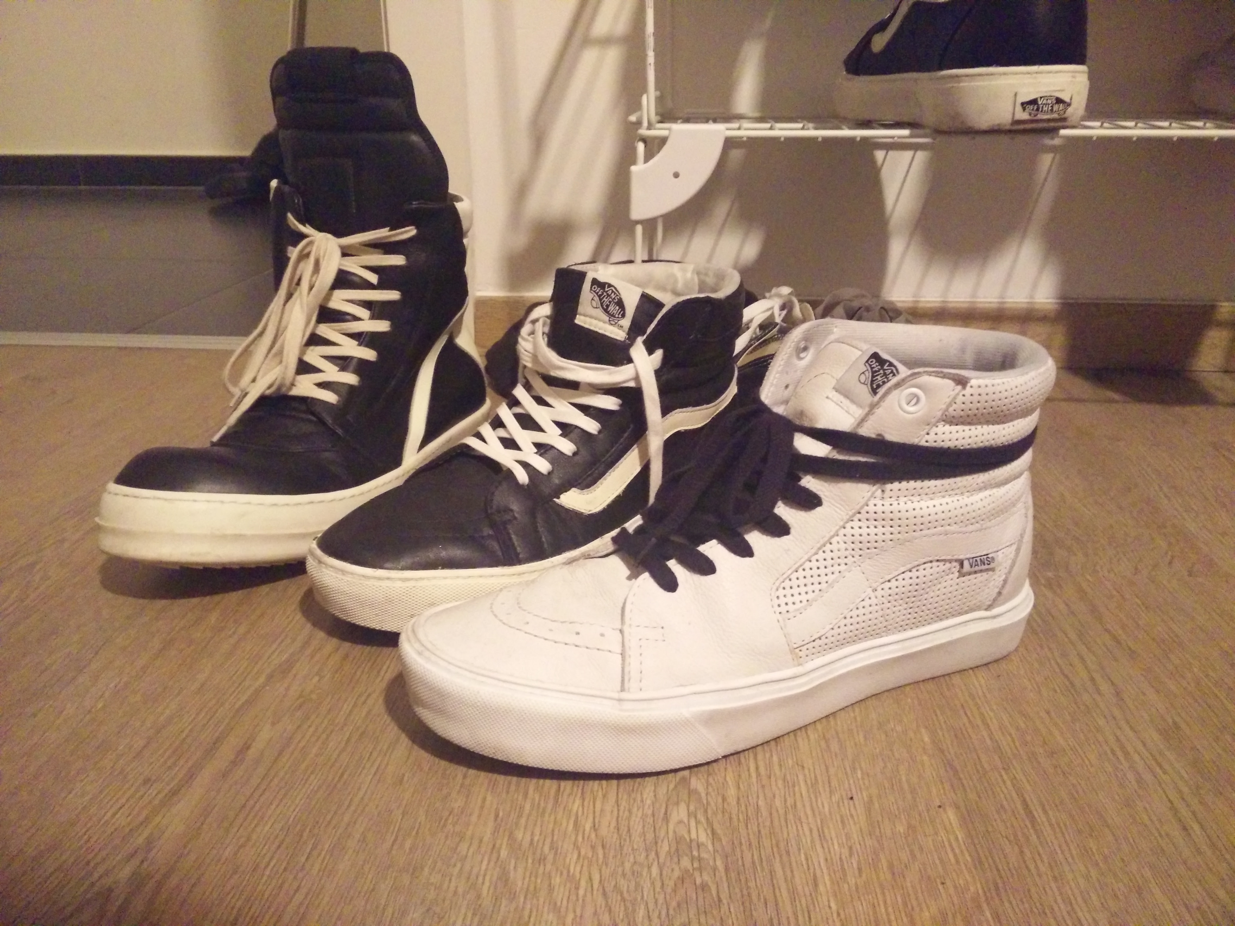 How To's Wiki 88: How To Lace Vans Skate Hi