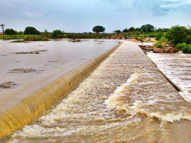 Barragem de Pepta foi uma das que transbordou em Campo Grande (Foto: CG na Mídia)
