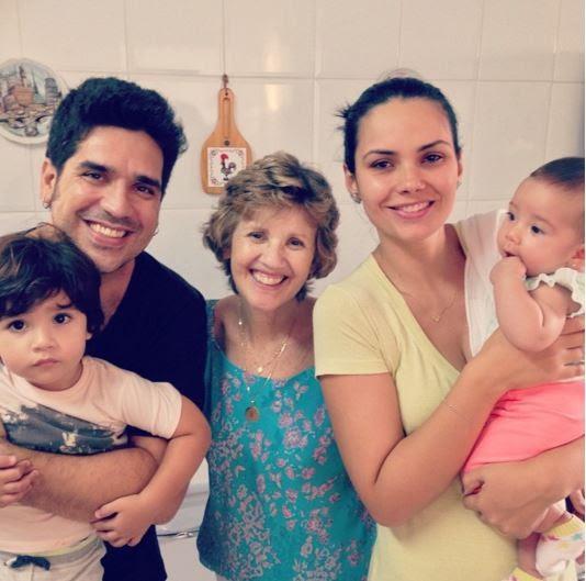 wilson sideral com a mãe, a mulher e os filhos (Foto: Instagram / Reprodução)