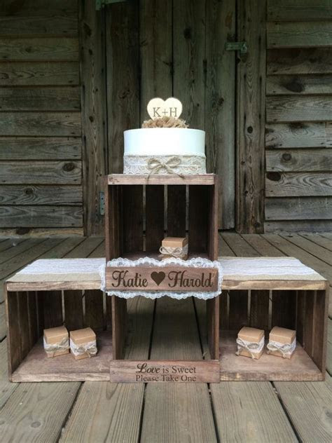 Best 20  Rustic Cupcake Stands ideas on Pinterest   Rustic