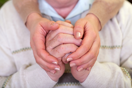 When is it Time to Consider In-Home Care for an Alzheimer's Patient?