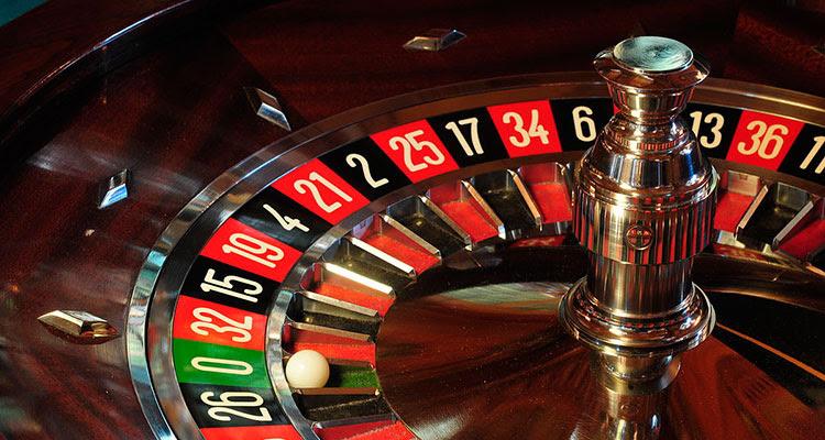 Виртуальное казино также может предложить своим игрокам и собственные варианты игры в рулетку.Правила игр в казино рулетка, блэкджек, кости, баккара, кено и.