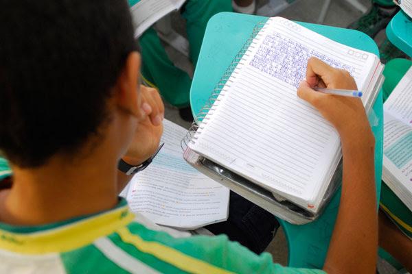 Criado em 2007, Fundeb reúne 20% das receitas municipais e estaduais para aplicação na educação
