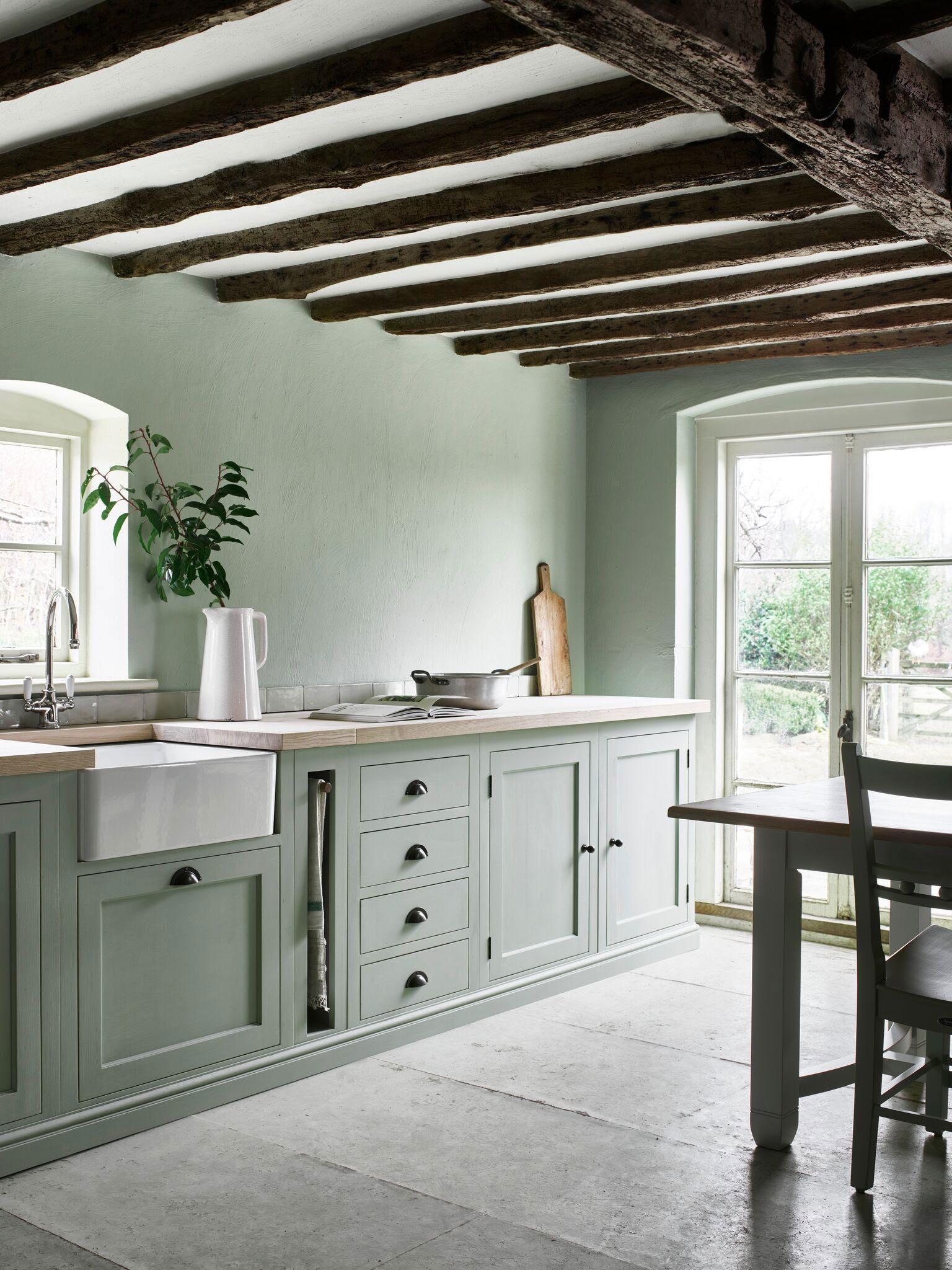 landhausküche gebraucht moderne weiß küche mintgrün sofa