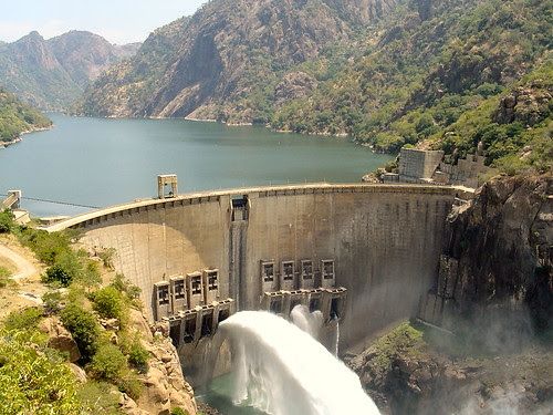 Cahora Bassa Dam in Mozambique. The dam provides power to sections of neighboring Zimbabwe. by Pan-African News Wire File Photos
