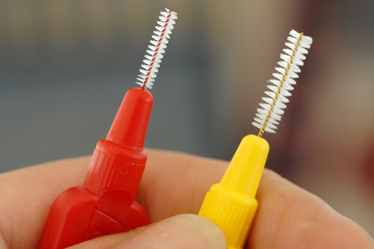 Interdental Brushing Quick Guide