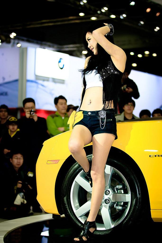 motor show model3 Hot Korean Models at Seoul Motor Show