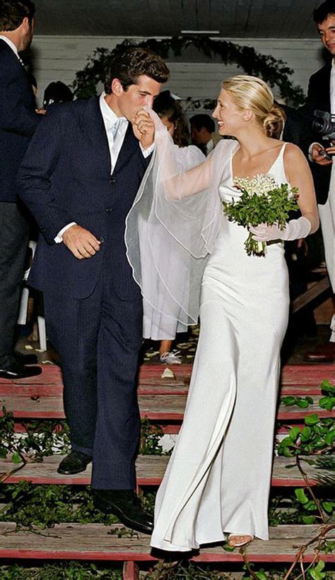 Best 25  Carolyn bessette wedding dress ideas on Pinterest