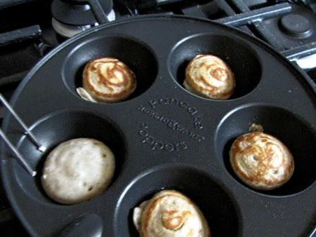 Pancake Popper Pan