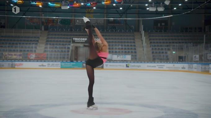 """Kunstschaatster Loena Hendrickx heeft goeie zomer achter de rug: """"Zie mezelf liever en liever schaatsen"""""""
