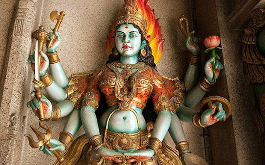 Four-year-old boy 'beheaded in human sacrifice witchcraft ritual in India' http://t.co/hk5FG1lZeA