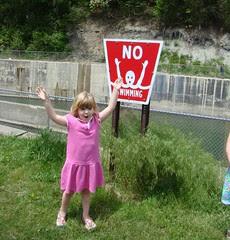 NO SWIMMING!