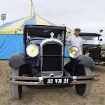 Montbard   Montbard : des voitures anciennes débarquent à la foire