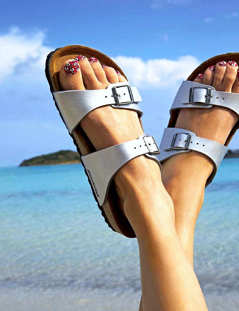 Le Fashion Blog -- Kick Back & Relax -- Birkenstock Sandals -- Floral Pedicure -- Nail Art -- Via Grazia France photo Le-Fashion-Blog-Kick-Back-Relax-Birkenstock-Sandals-Floral-Pedicure-Nail-Art-Via-Grazia-France.jpg