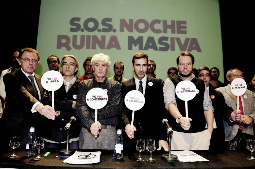 'La noche' protesta contra el IVA