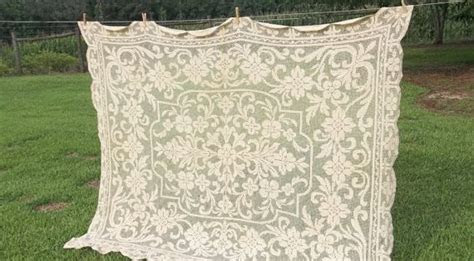 Vintage Army Navy Tablecloth Ivory Lace Table Cloth 60 x