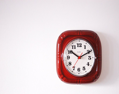 Vintage Wall Clock in Ceramic Dark Red. Quartz Clock. Made in Germany. 1960s. Retro Mod.