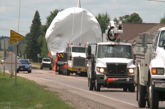 Perkins Moves Oversize Tank through Central Wisconsin