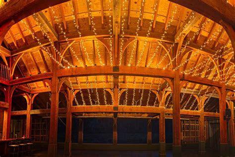 Rustic Barn Wedding Venue   Barn Wedding Venue in the