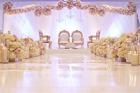 Wedding Flower Decoration in Kolkata, Wedding Flowers